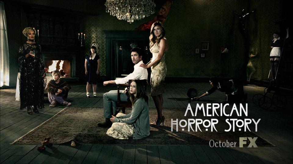 american-horror-story-su-extrana-promocion-L-0nexzN